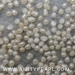 6484 flat pearl about 1-1.25mm.jpg