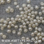 6488 button and potato pearl about 1-1.5mm.jpg